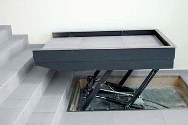 Rolstoeltoegankelijke lift Stair-up